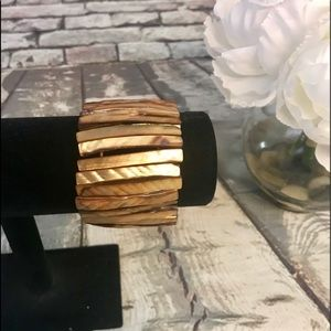 Jewelry - Brown Gold Abalone Shell Stretch Bracelet